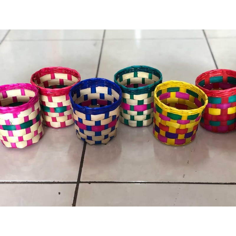 small basquets made in palm