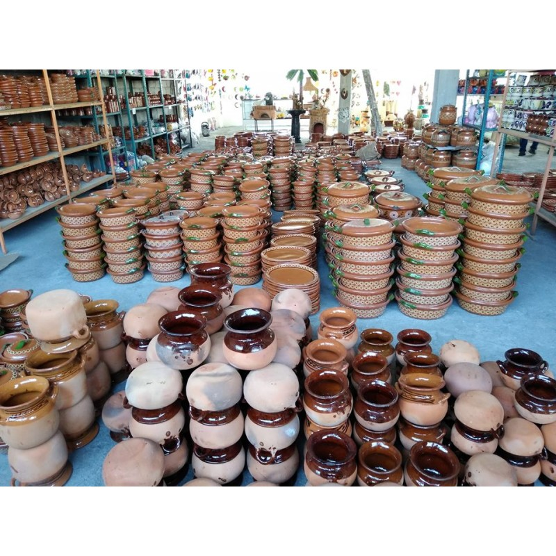 Mexican clay crafts