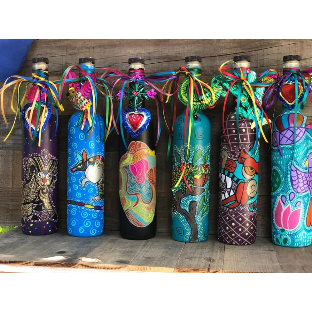 Hand painted bottles La Chapu