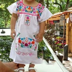 Girl´s Colorful Dress